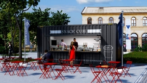 Snack-Cube devant l'Arsenal de Metz
