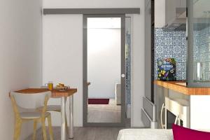 STEELWOOD | Container maritime aménagé en studio | Espace cuisine