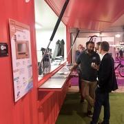 """Conteneur aménagé Snack'Cube au salon """"Rapid et Bon"""""""