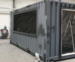 Fabrication d'un conteneur SNACK'CUBE | Installation des ouvertures